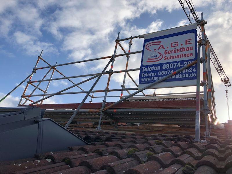 Dachgerüst Abbau Aufzug SeeHotel Wassermann am Chiemsee  SeeHotel Wasserman Ihr Hotel am Chiemsee