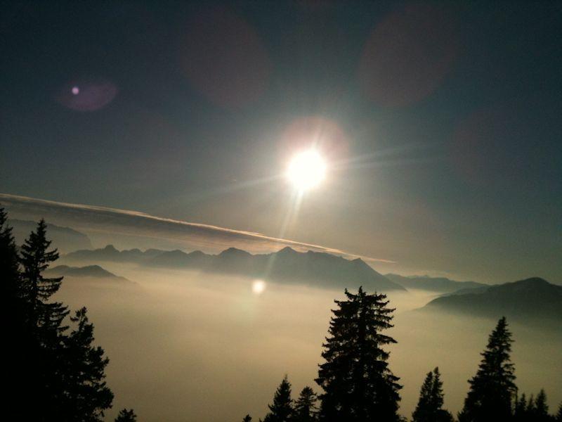 zahmer kaiser überm nebel