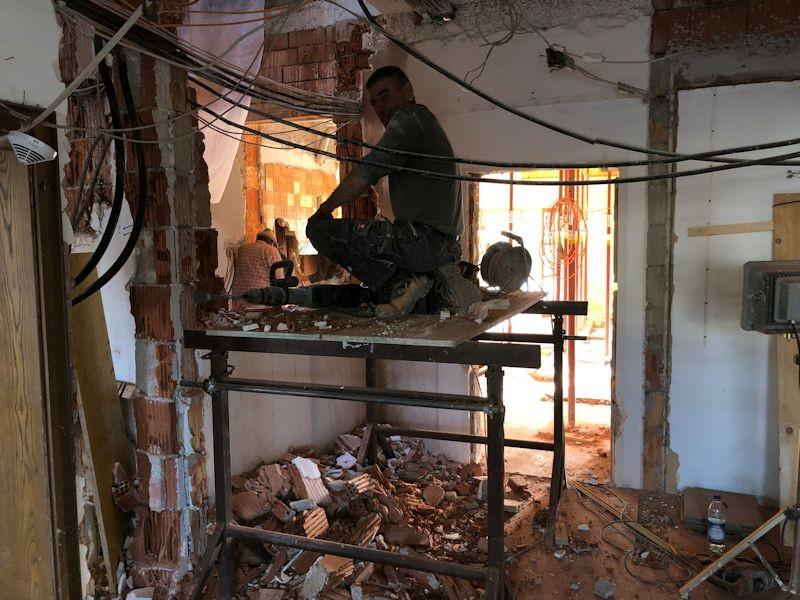 Abbruch Wand Büro Aufzug ErdgeschossSeeHotel Wasserman Ihr Hotel am Chiemsee
