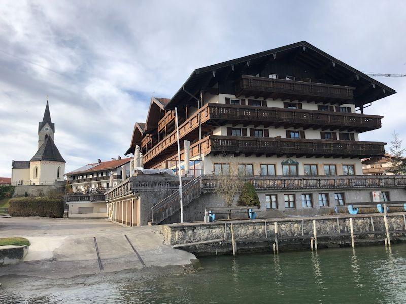 SeeHotel Wassermann Alzblick  SeeHotel Wasserman Ihr Hotel am Chiemsee