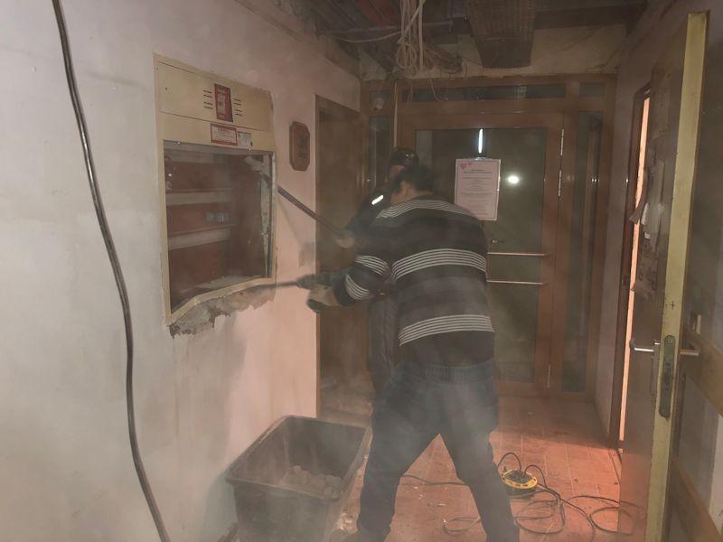 Abbruch Hydrantenschacht  SeeHotel Wasserman Ihr Hotel am Chiemsee