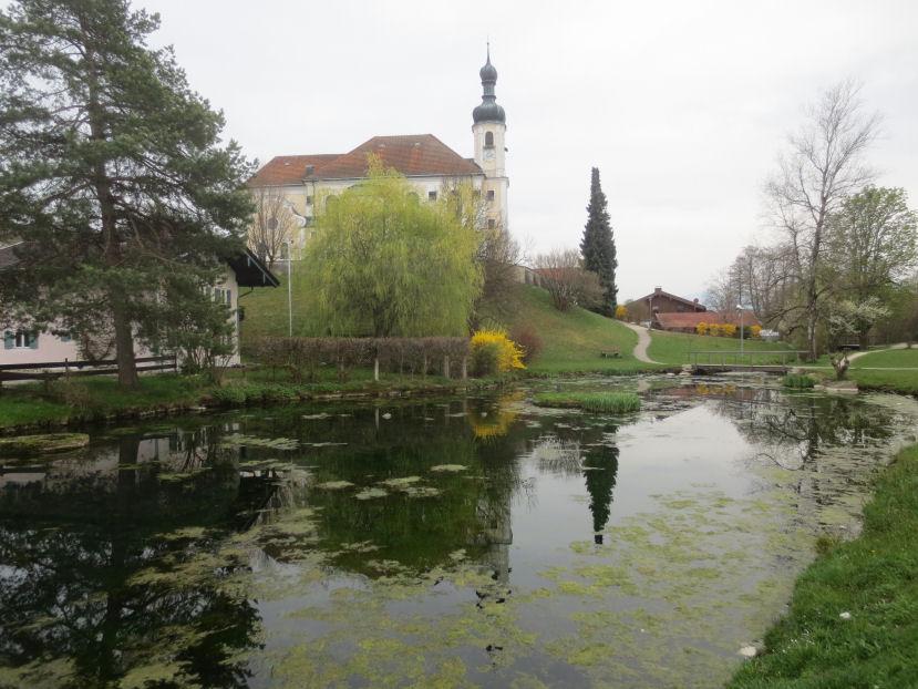 die kirche von breitbrunn